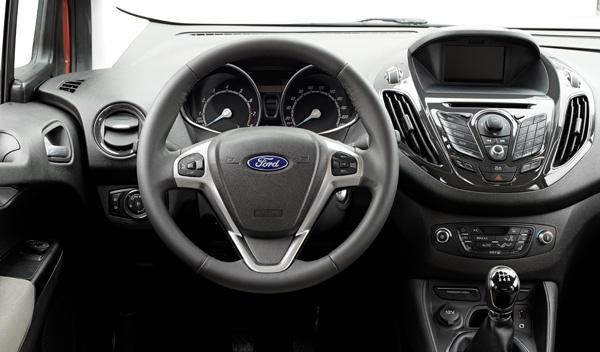Ford Tourneo Courier interior