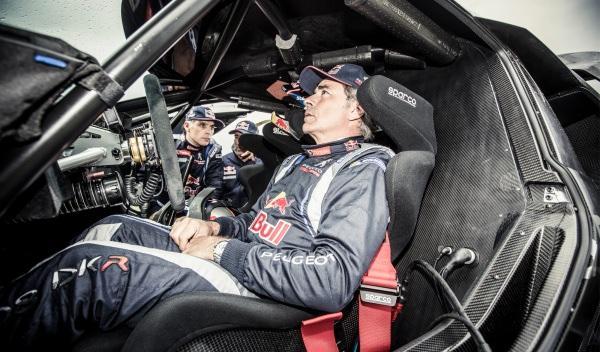 Peugeot-2008-DKR-Dakar-2015-Sarlos-Sainz