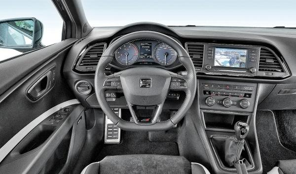 BMW M135i-Seat León Cupra-Volkswagen Golf R