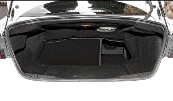 Maletero del Jaguar XF 3.0D S 2014