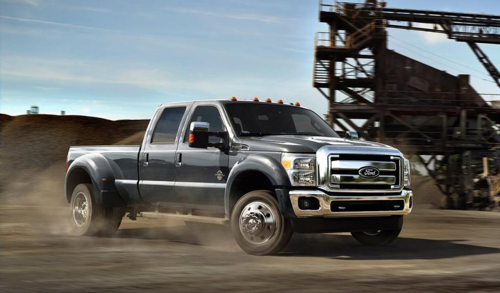 Ford Super Duty 2015 movimiento