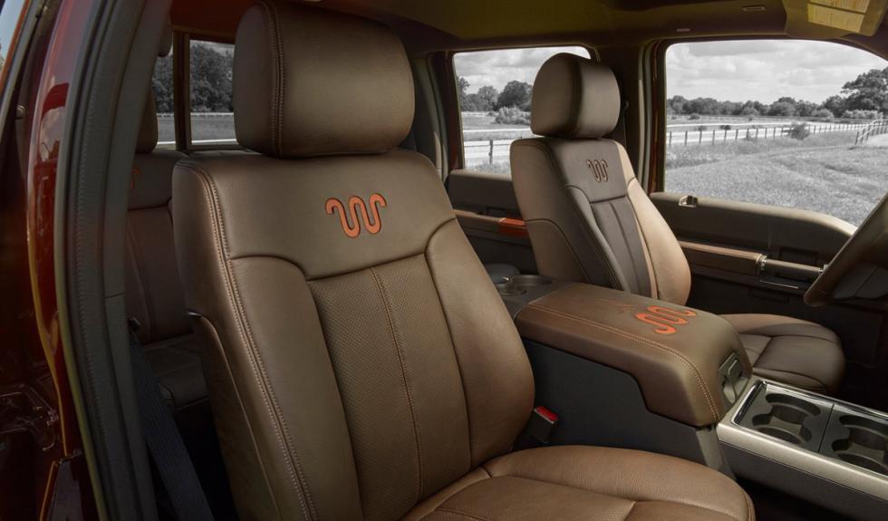 Ford Super Duty 2015 asientos