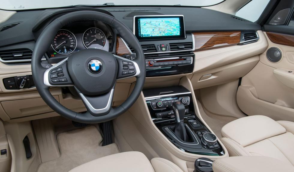 BMW Serie 2 Active Tourer salpicadero