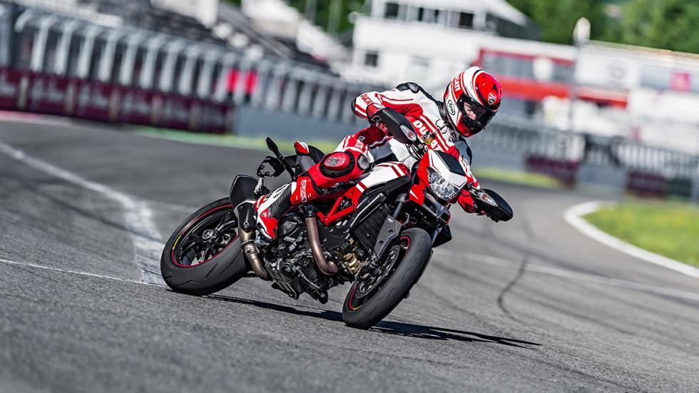 Ducati Hypermotard SP 2015 derrape