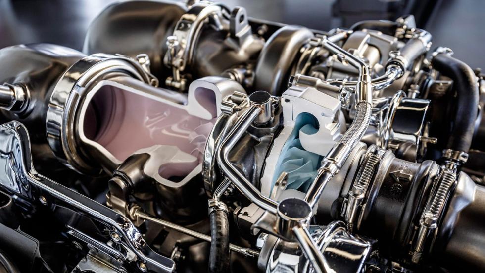 Motor AMG 4.0 V8 Biturbo - Corte de turbo y conducción de aire