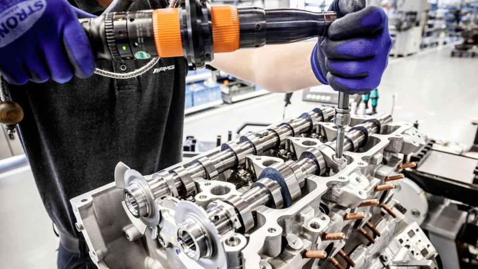 Motor AMG 4.0 V8 Biturbo - Válvulas