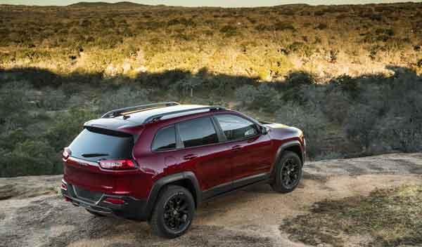 Jeep Cherokee 2014 trasera 3/4