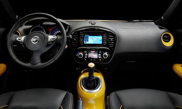 Nissan Juke 2014 interior