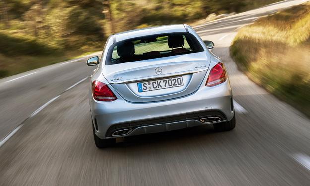 Mercedes Clase C 2014 trasera