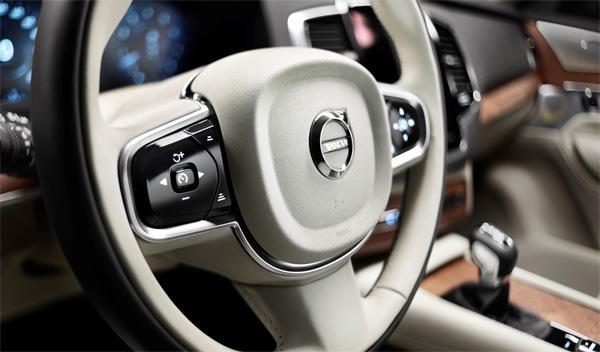 Volvo XC90 2014 interior