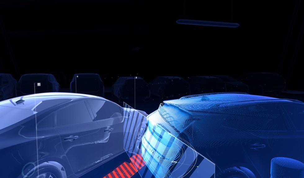 Volvo XC90 asistente de aparcamiento en línea