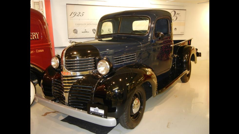 1940 Dodge pick up