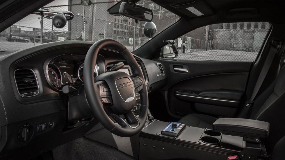 Dodge Charger Pursuit interior