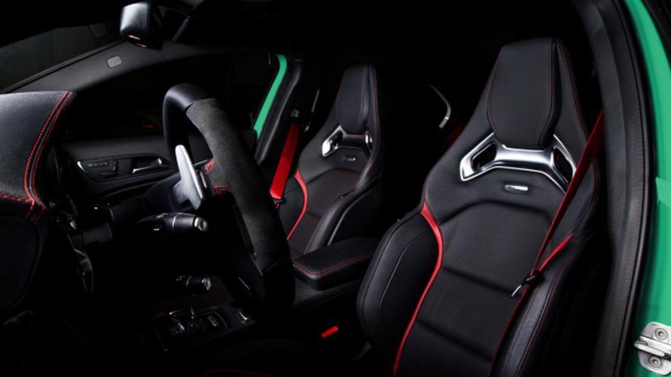 Mercedes A 45 AMG GAD Motors interior
