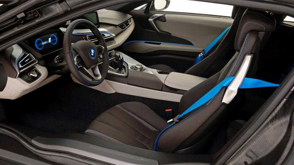 BMW i8 Concours d'Elegance Edition interior