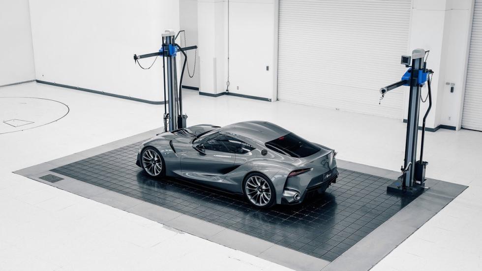 Toyota FT-1 Graphite Concept trasera