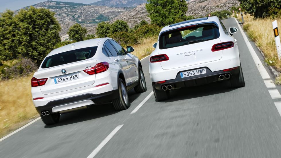 Traseras del Porsche Macan y BMW X4