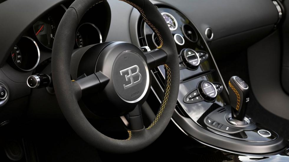 Bugatti Veyron Grand Sport Vitesse One of One interior