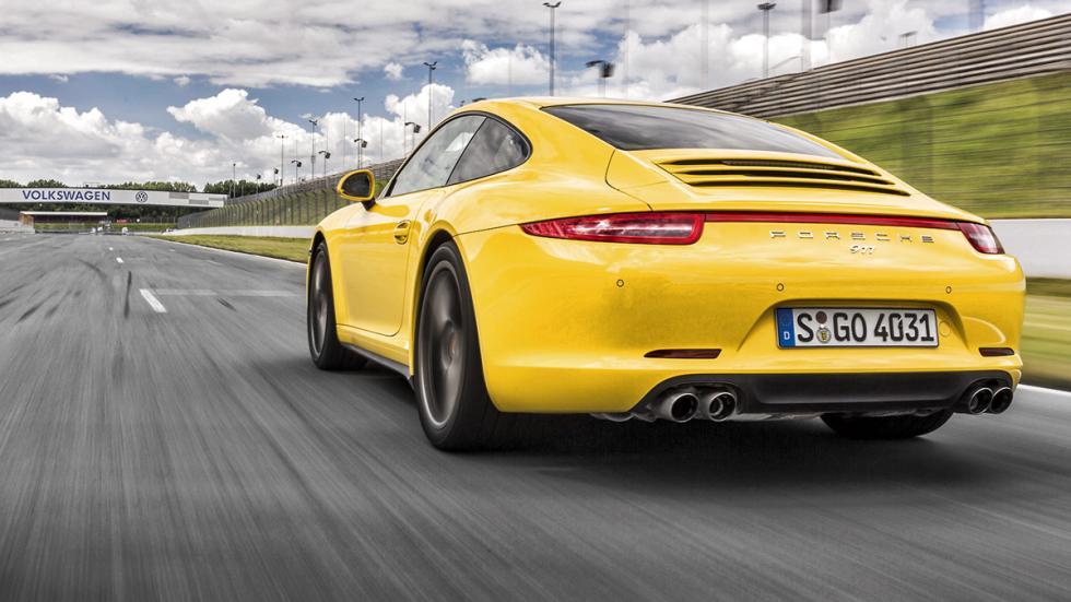 Porsche 911 trasera