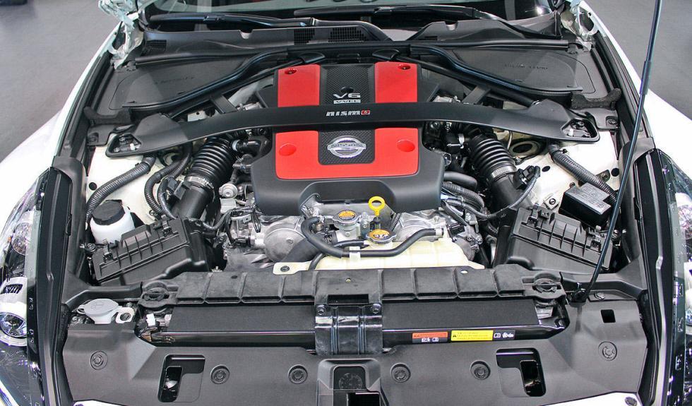 Nissan 370Z Nismo motor
