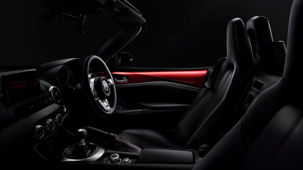 Mazda MX-5 2014 interior