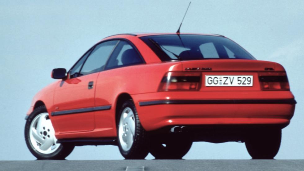 Opel-Calibra-turbo-trasera