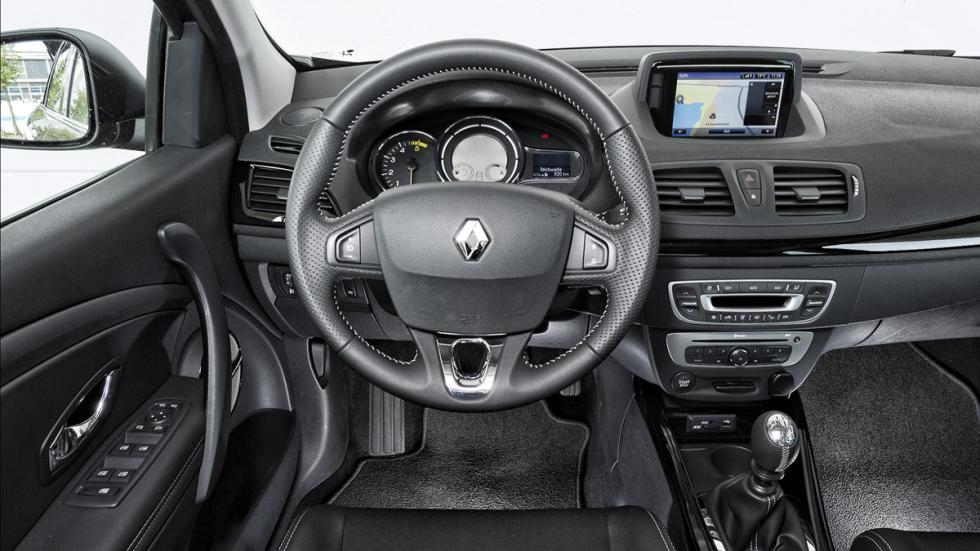 Peugeot 308SW/Hyundai i30CW/Opel AstraST/Renault MéganeST
