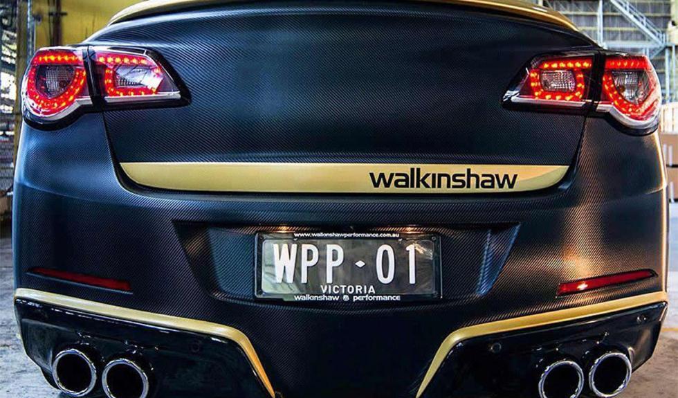 El Holden Commodore VF trasera