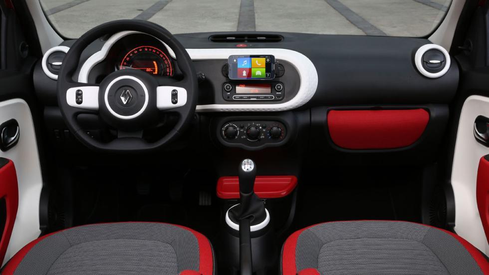 Renault Twingo 2015 salpicadero