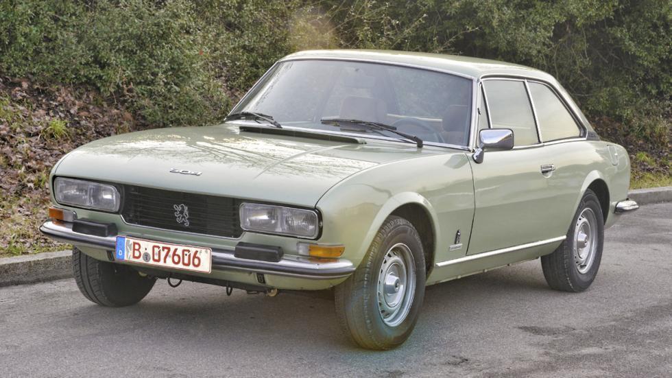 Peugeot 504 Coupé en marcha