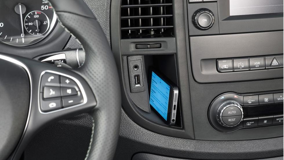 Puesto de conducción de la Mercedes Vito 2015