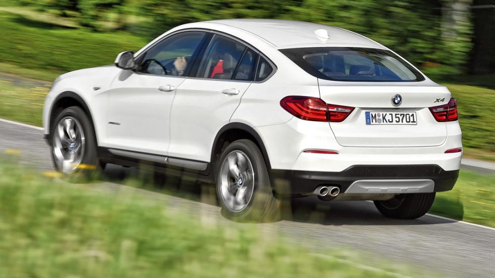 BMW-X4 trasera
