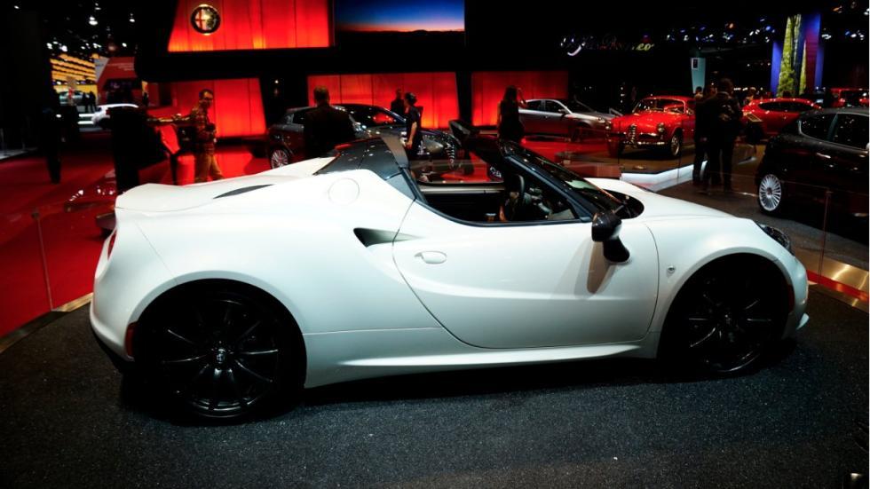 Alfa Romeo 4C Spider lateral