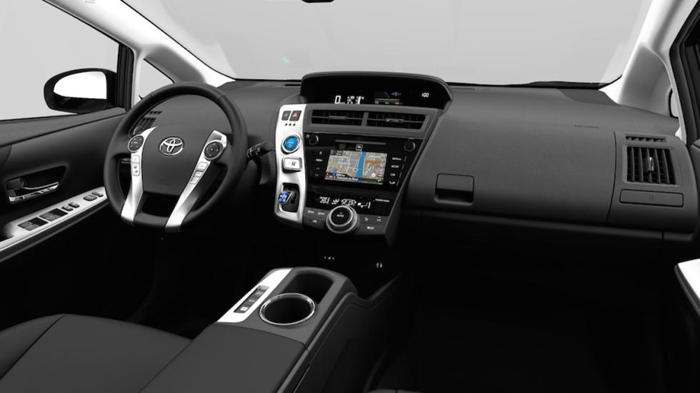 Toyota Prius+ 2015 interior