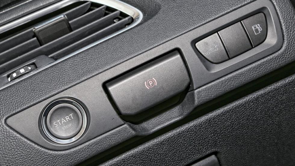 Peugeot 508 2.0 BlueHDI 150 CV freno de mano