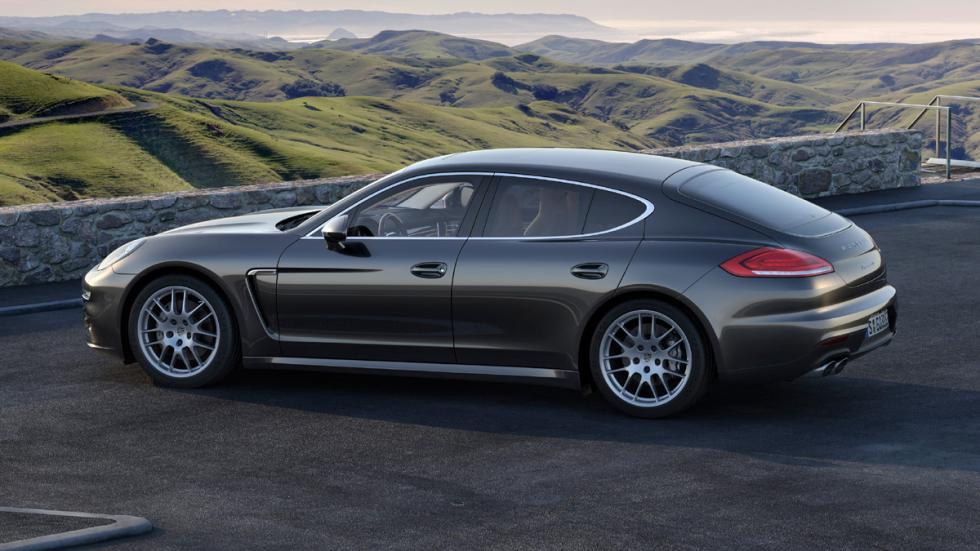 cinco coches sorprendentes Porsche Panamera lateral