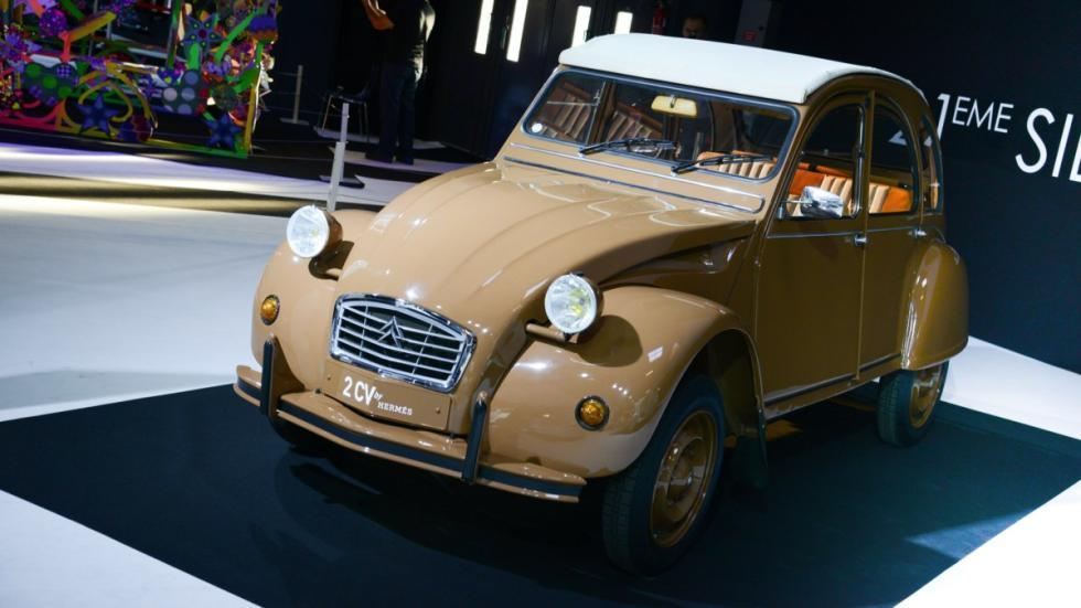 Citroën 2 CV por Hermés frontal