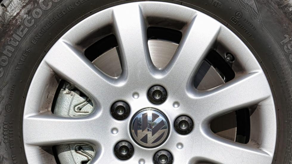 Prueba Volkswagen Touran 1.2 TSI Edition llantas