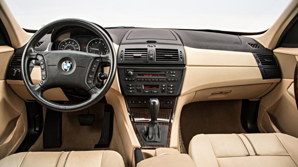 BMW X3 - primera generación - interior