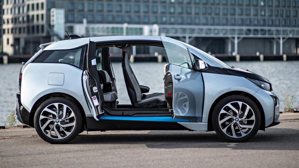 Cinco coches sorprenderan conduces BMW i3 lateral
