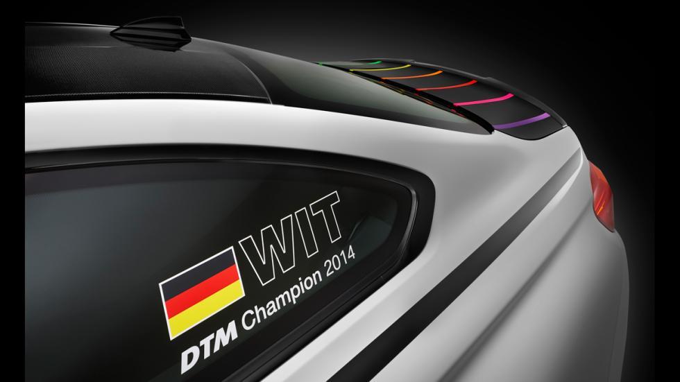 BMW M4 DTM Champion Edition - maletero