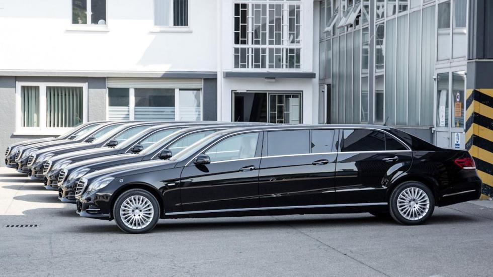 Mercedes clase e limusina seis puertas