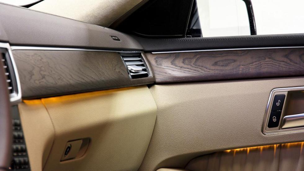 Mercedes clase e limusina seis puertas interior
