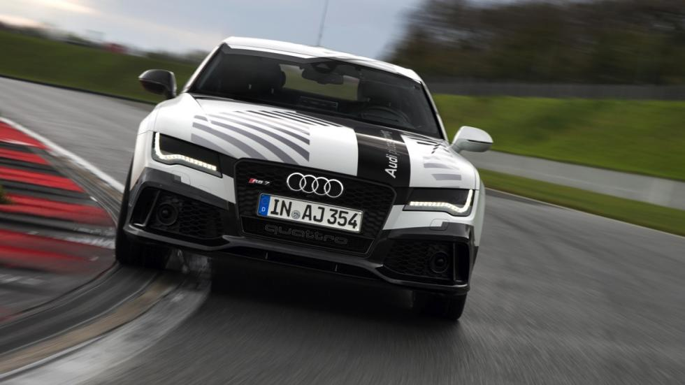 Audi RS7 circuito sin conductor frontal