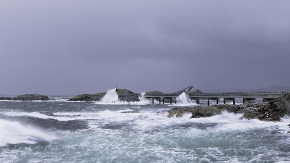 carretera del Atlántico en Noruega temporal