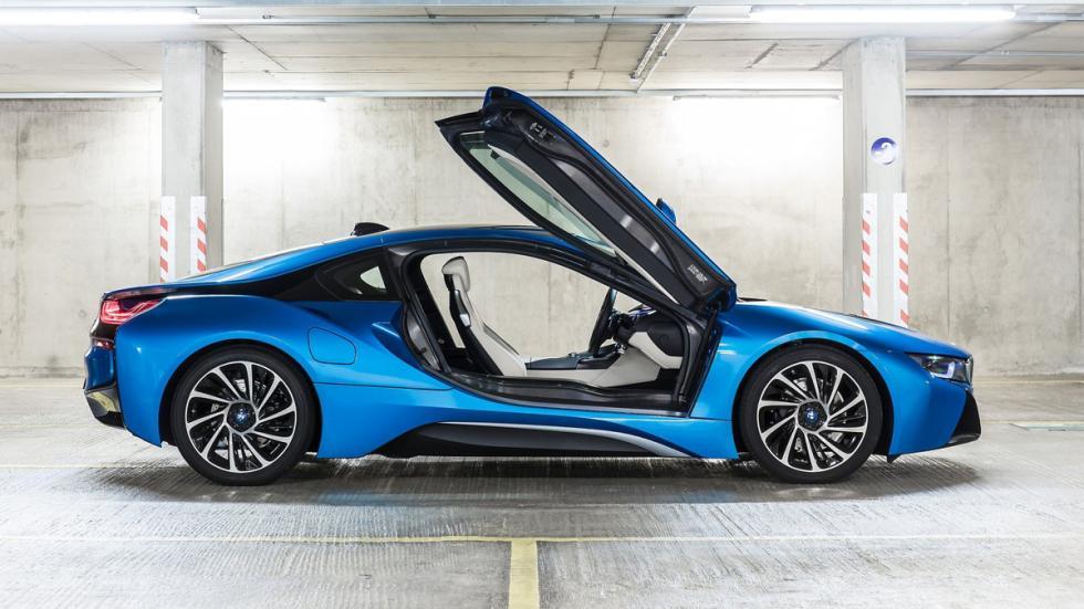 cinco hibridos mas rapidos BMW i8 lateral