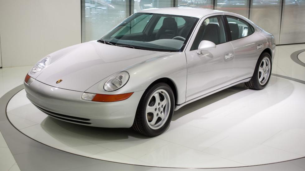 Porsche 989 lateral