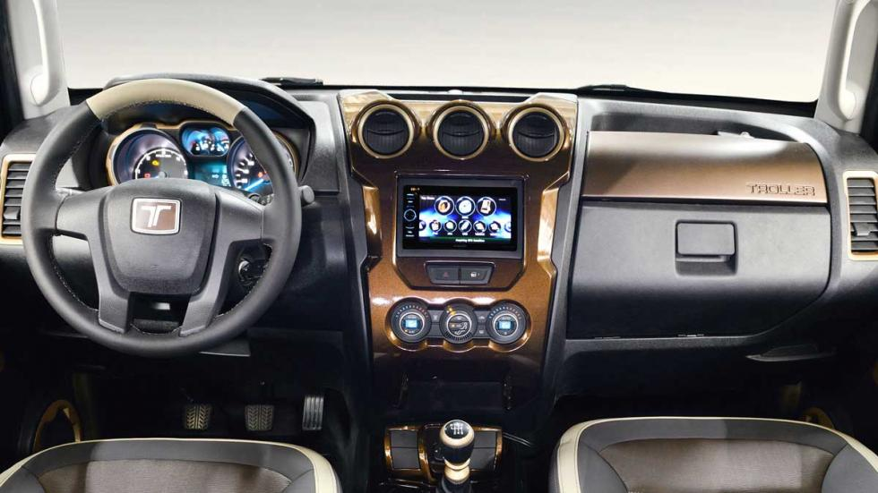 Ford Troller T4 Concept interior
