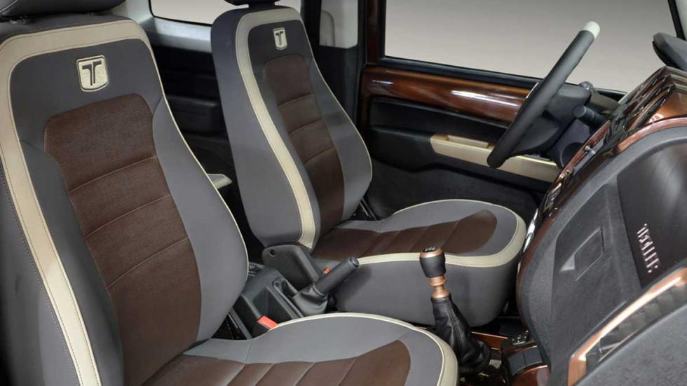 Ford Troller T4 Concept interior 2