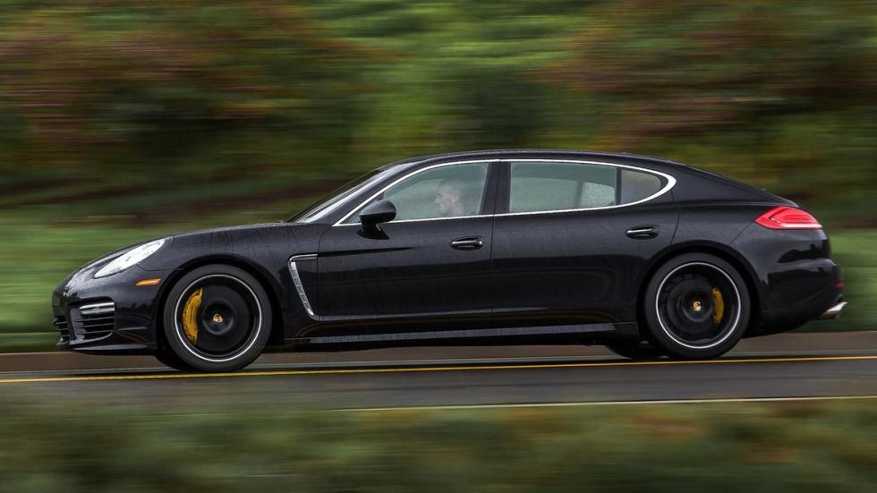 coches recomendables feos Porsche Panamera lateral